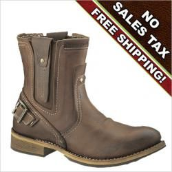 The CAT Vinson boot of the Legendary Raw Collection is a statement making  casual boot for