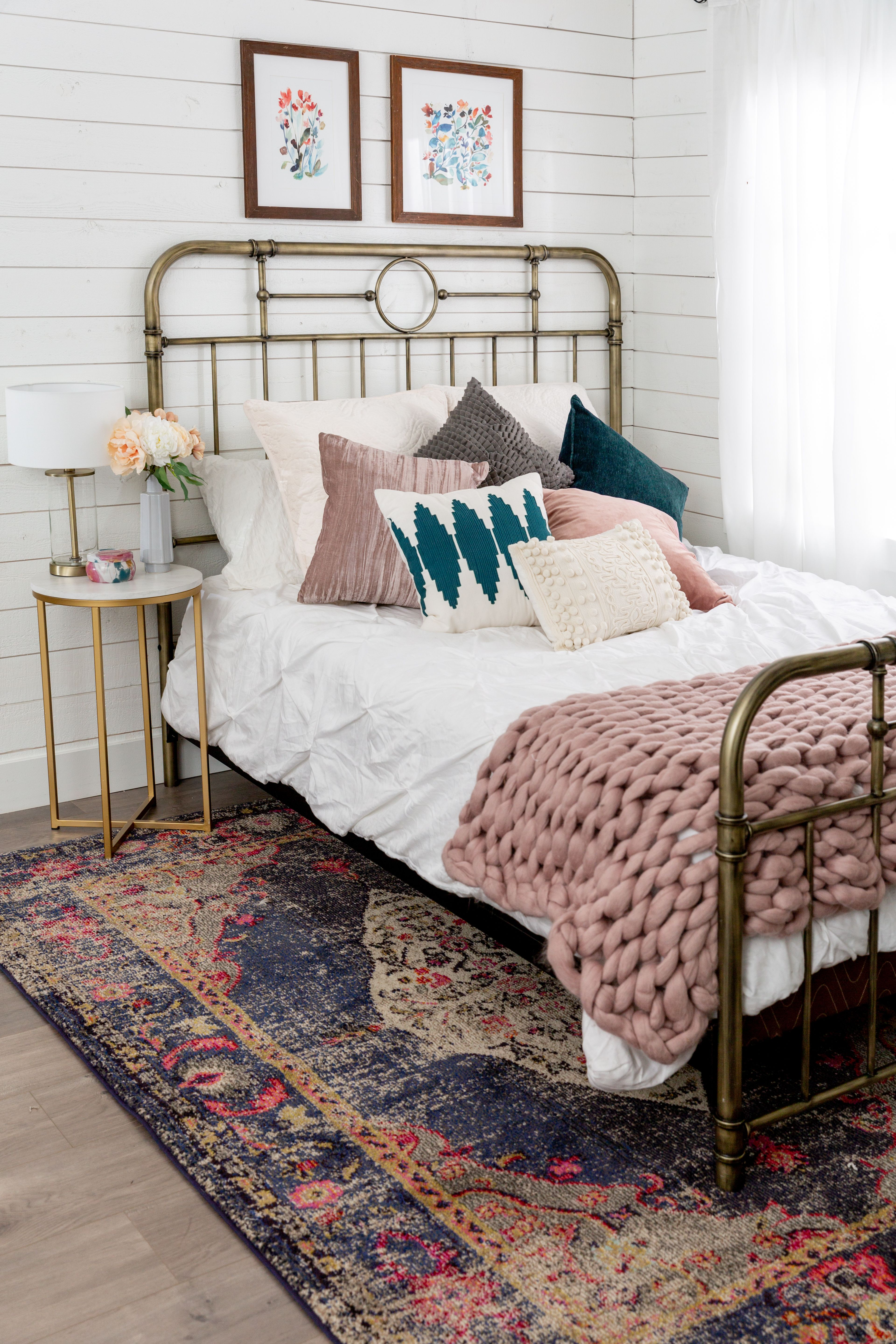 Antiqua Bronze Queen Bed White Bed Frame White Metal Bed Bed