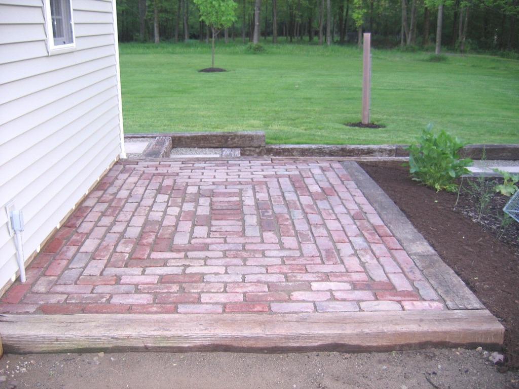 Red Brick Patio Ideas Square Patterns Spiral Pattern Small Brick