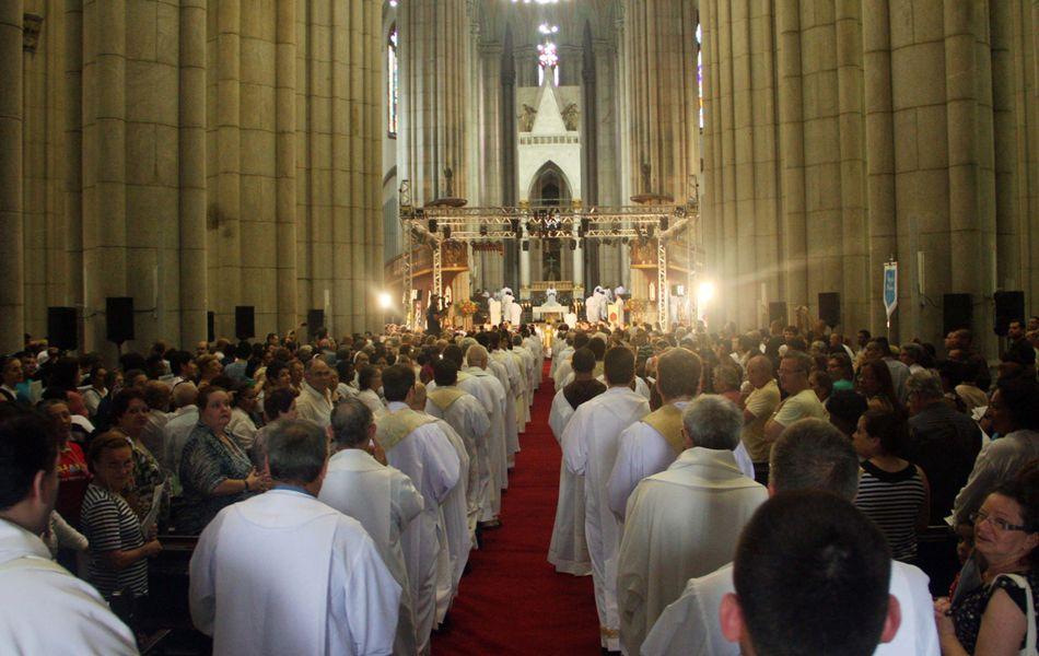 Missa do Dia de São Paulo, padroeiro da Arquidiocese da cidade, realizada na Catedral da Sé, no centro de São Paulo, como parte da comemoração dos 459 anos da capital