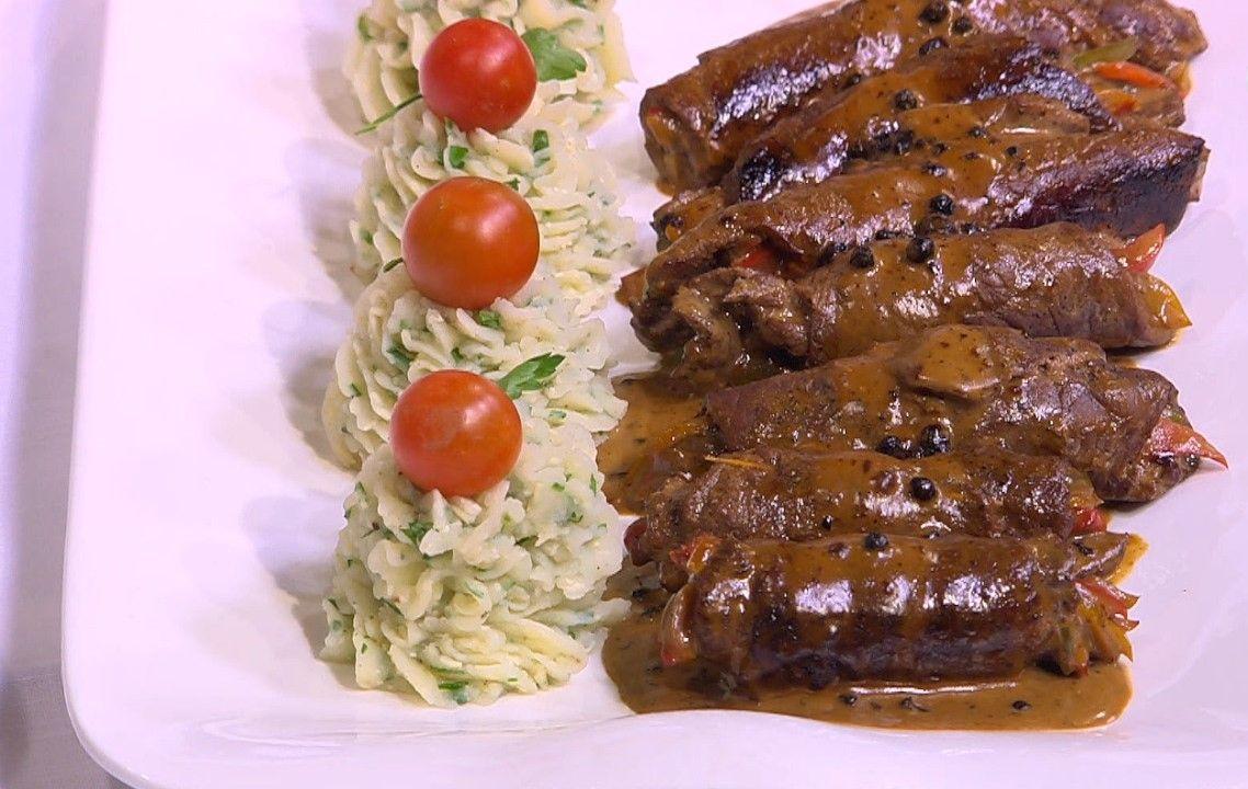 لفائف اللحم البفتيك المحشوه على طريقة الشيف انطوان موقع طبخة Food Breakfast Beef