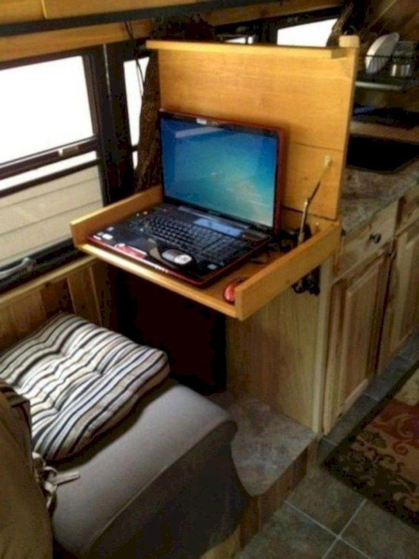 40 Brilliant RV Living Decoration on a Budget - decorrea.com #rvliving