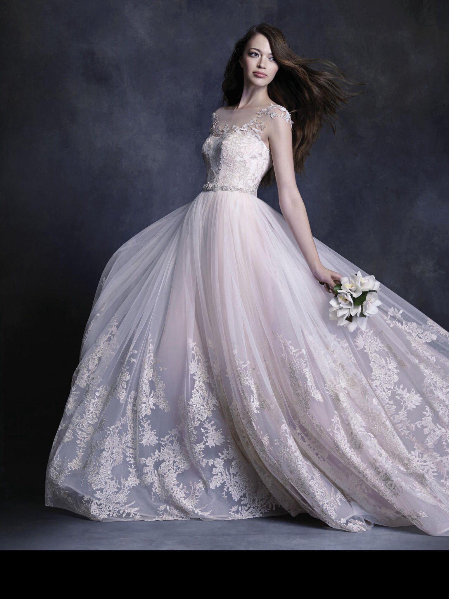 1940s style wedding dresses  keveza  Что надеть  Pinterest  Gowns and Wedding