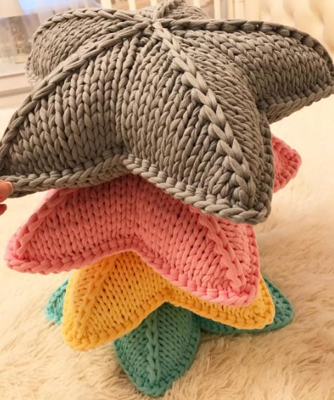 Estrellas tricot tejidas en trapillo | Punto a dos agujas ...