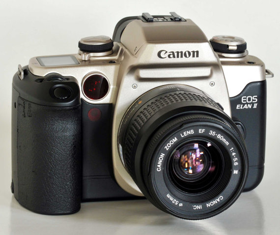 Students Canon Eos Elan Ii With Canon Af Ef 35 80mm F4 5 6 Etsy Expensive Camera Eos Canon Eos