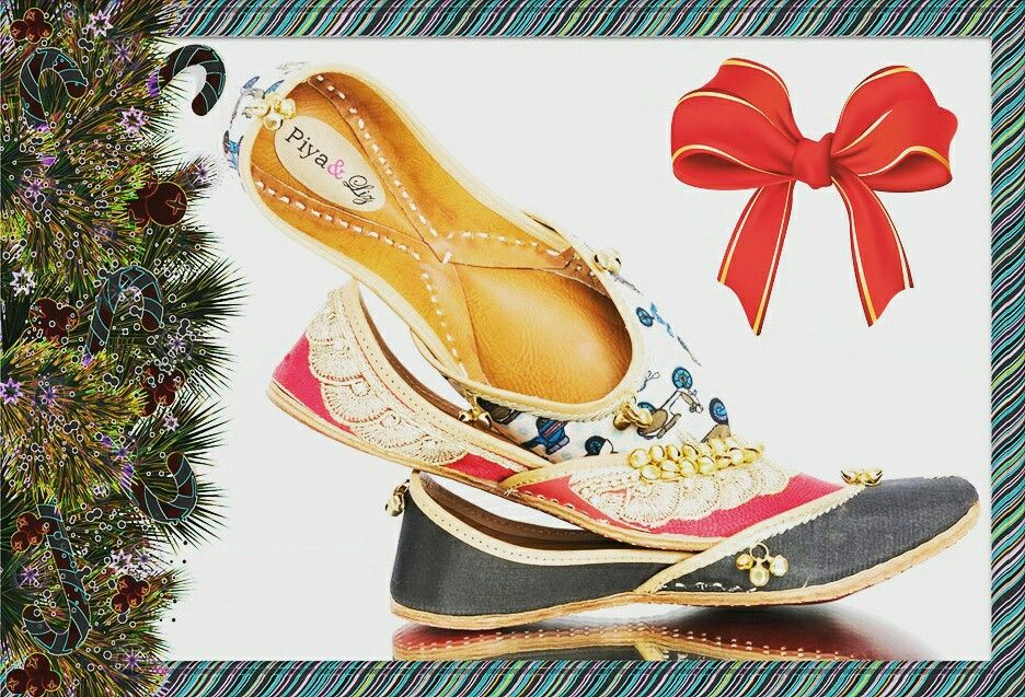 It's the most wonderful time of the year ♡ #CommuterGirl #Countess in Red #Rano  #Christmas #navidad #santaclause #noel #xmas #countdown #christmastree #christmasshopping #shoes #shoes #Jutti #PiyaAndLiz #merrychristmas #present #santa #naughty #kwanzaa #hannukah #holidayparty #holidays #santaclause