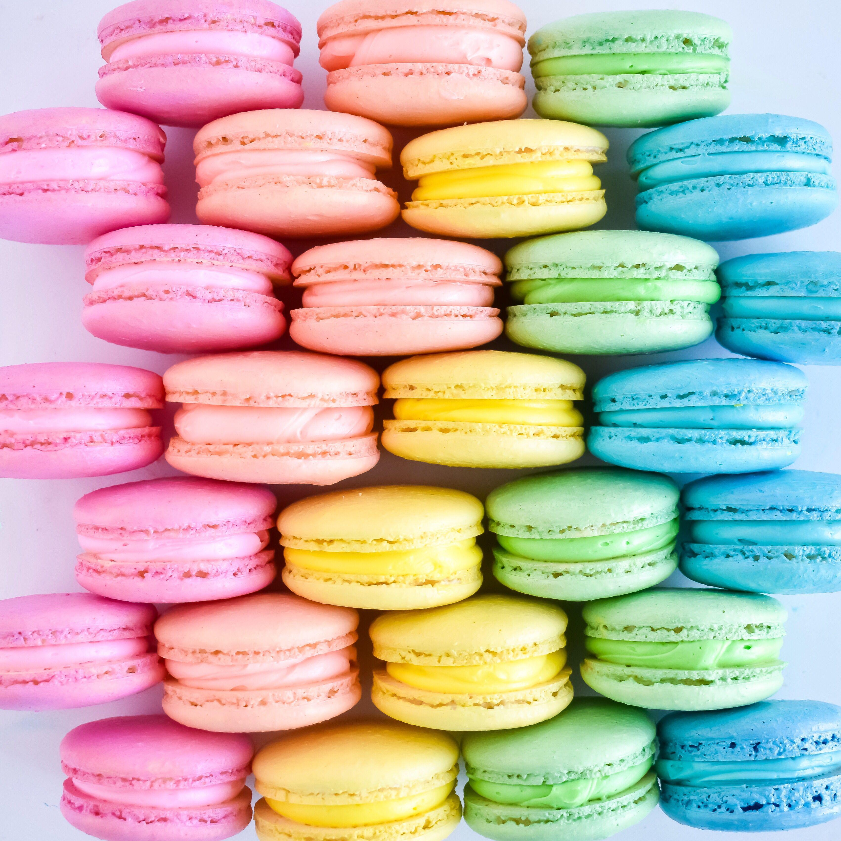 Rainbow Macarons Rainbow Food Cute Desserts Fun Desserts