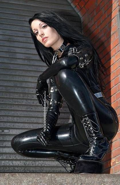 OK, not quite goth, I'd rather say #BDSM... but fits ...