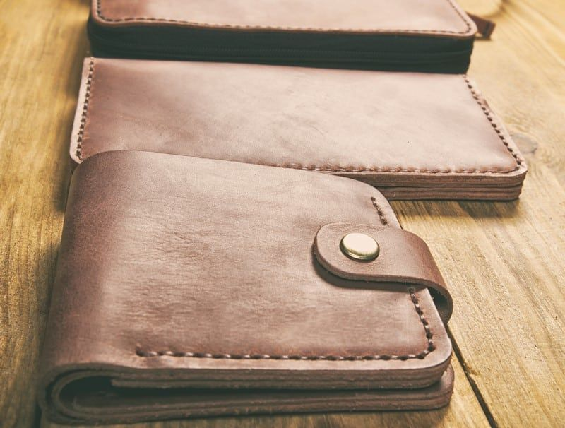 Bifold Vs Trifold Wallets 7 Important Things To Consider Wallet Small Wallet