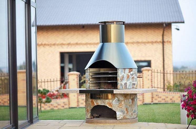 Tavolo Da Giardino Con Barbecue.Come Costruire Un Barbecue In Muratura Con Cappa Cerca Con