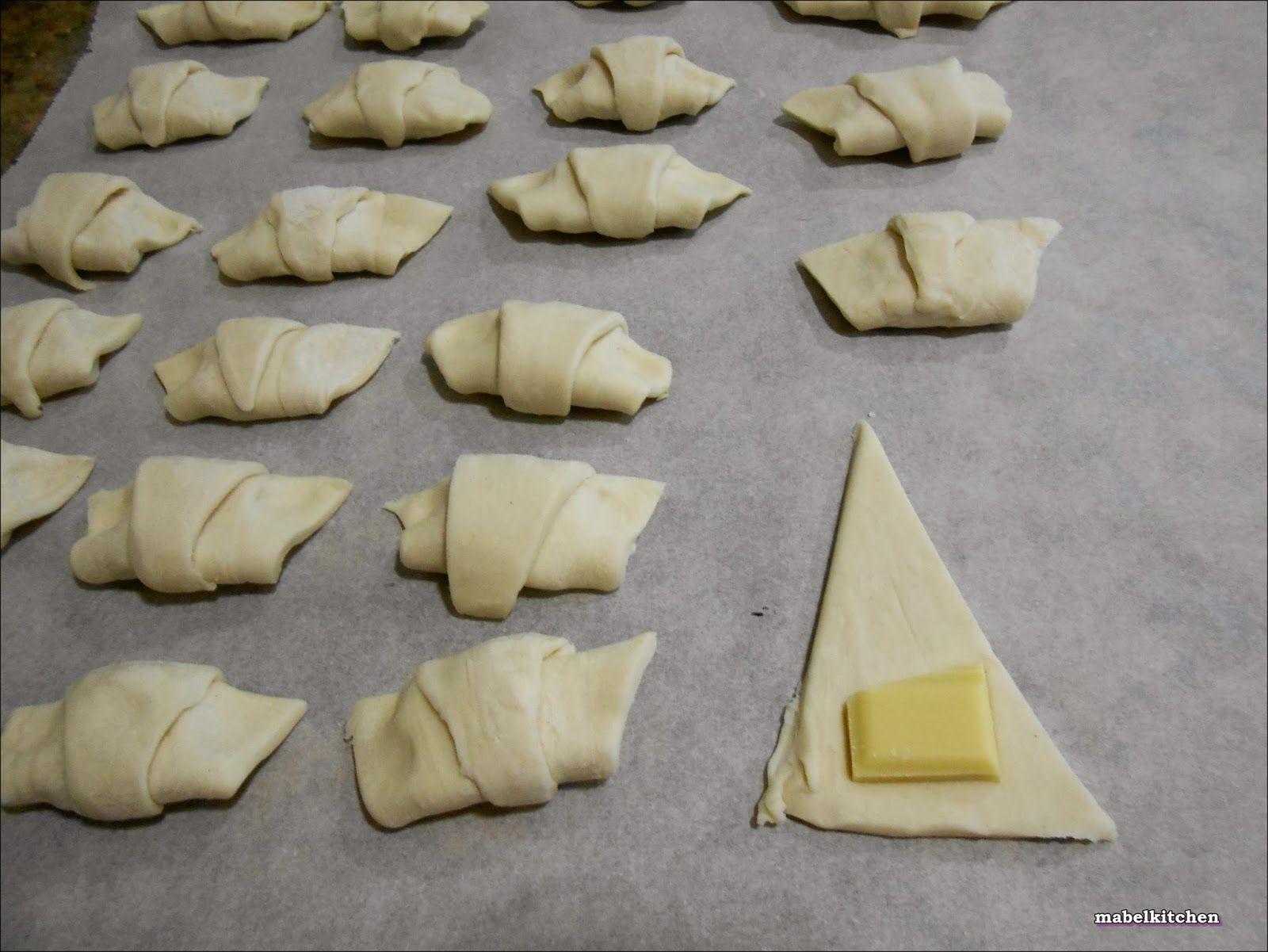Mabel's Kitchen: MINICROISSANTS DE CHOCOLATE BLANCO.