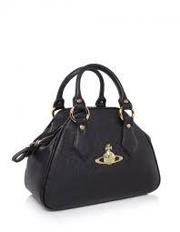 Vivienne Westwood Black Handbag Streetstyle