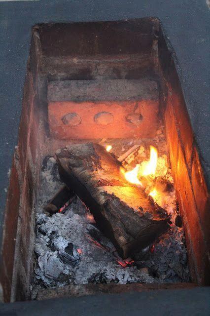 Small Garden Fire Pit DIY | www.kezzabeth.co.uk #pergolafirepit -   24 small garden fire pit ideas