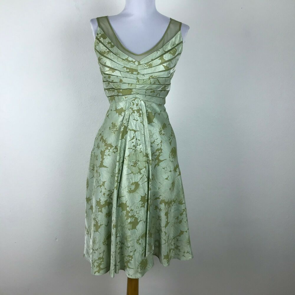 Adrianna Papell Dress Petite Size 8p Green Floral Sleeveless Cocktail Formal Ebay Petite Dresses Dresses Clothes For Women [ 1000 x 1000 Pixel ]