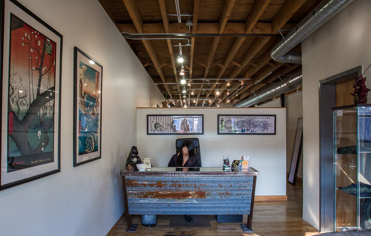 Imperial Tattoo's Industrial Loft   Commercial interior ...