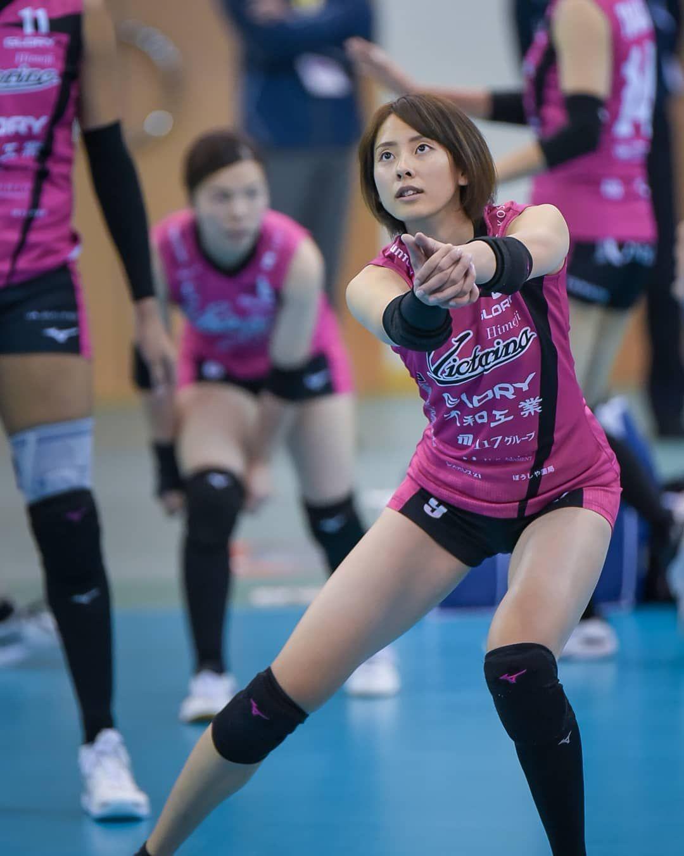 Instagram Fotos Und Videos Fur Madchen V League Photo En 2020 Volleyball Femenino Deportes Femeninos Jugadoras De Voleibol