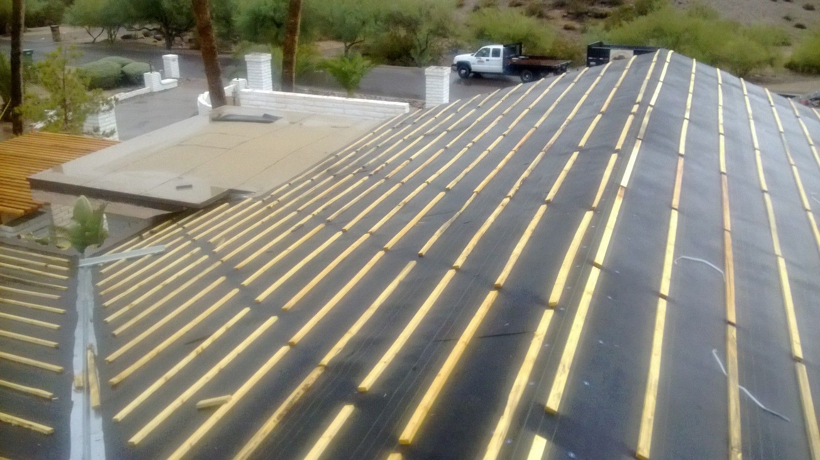 Tile Roof Underlayment Dry Plus Roofing Phoenix Az Outdoor Decor Roofing Decor