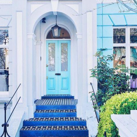 http://domino.com/best-doors-on-instagram/story-image/559c09bc21eb455828428362