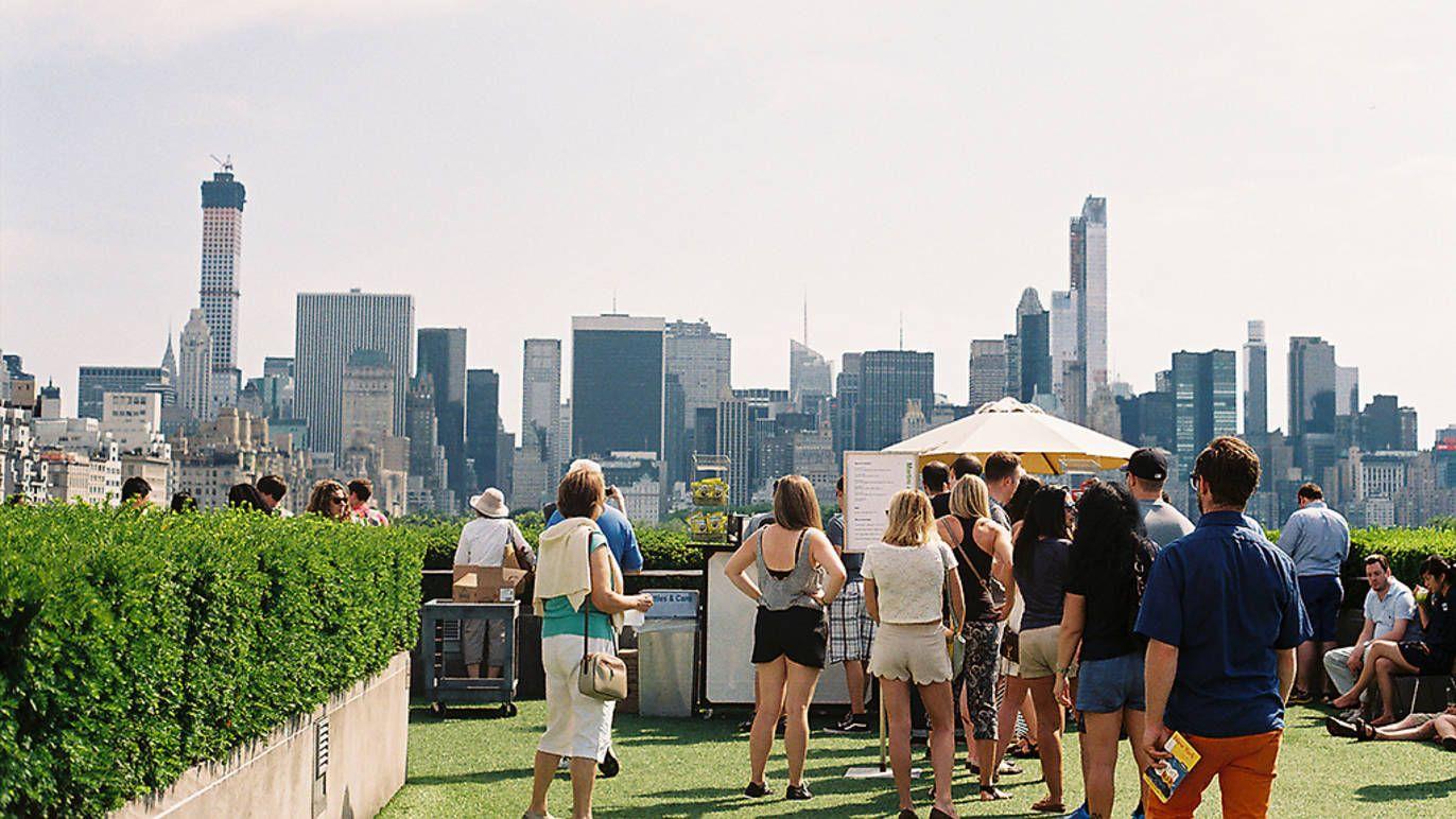 The Metropolitan Museum Of Art Roof Garden Cafe And Martini Bar Roof Garden Garden Cafe Metropolitan Museum Of Art