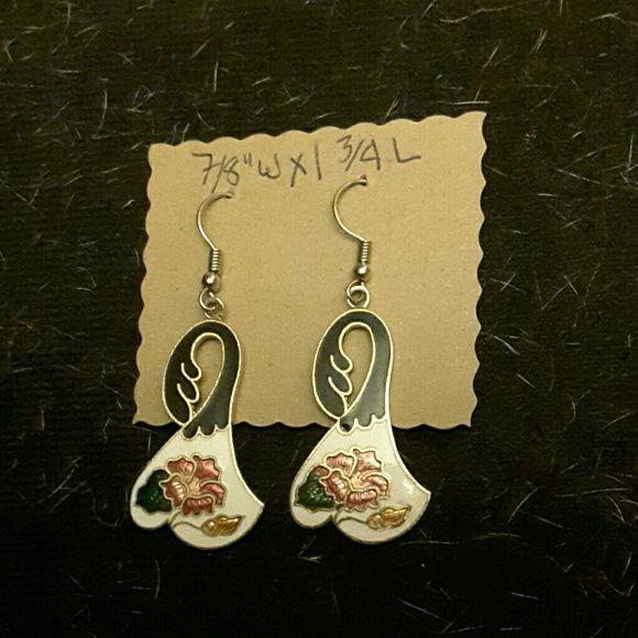 "1980's Cliosonn? hibiscus earrings 1980's Cliosonn?, enamel hibiscus flower on white and black background, gold tone, 7/8"" w x 1 3/4""l drop earrings. Jewelry Earrings"