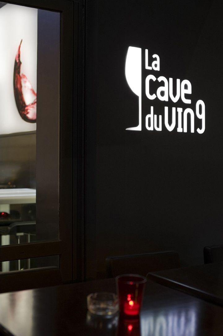 La Cave A Vin 9 Wine Bar By Cyrille Druart Paris Idee Bar Loghi