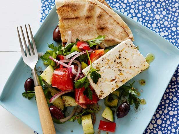 Greek salad receta recetas de cocina el corazon y cocinas greek salad forumfinder Choice Image