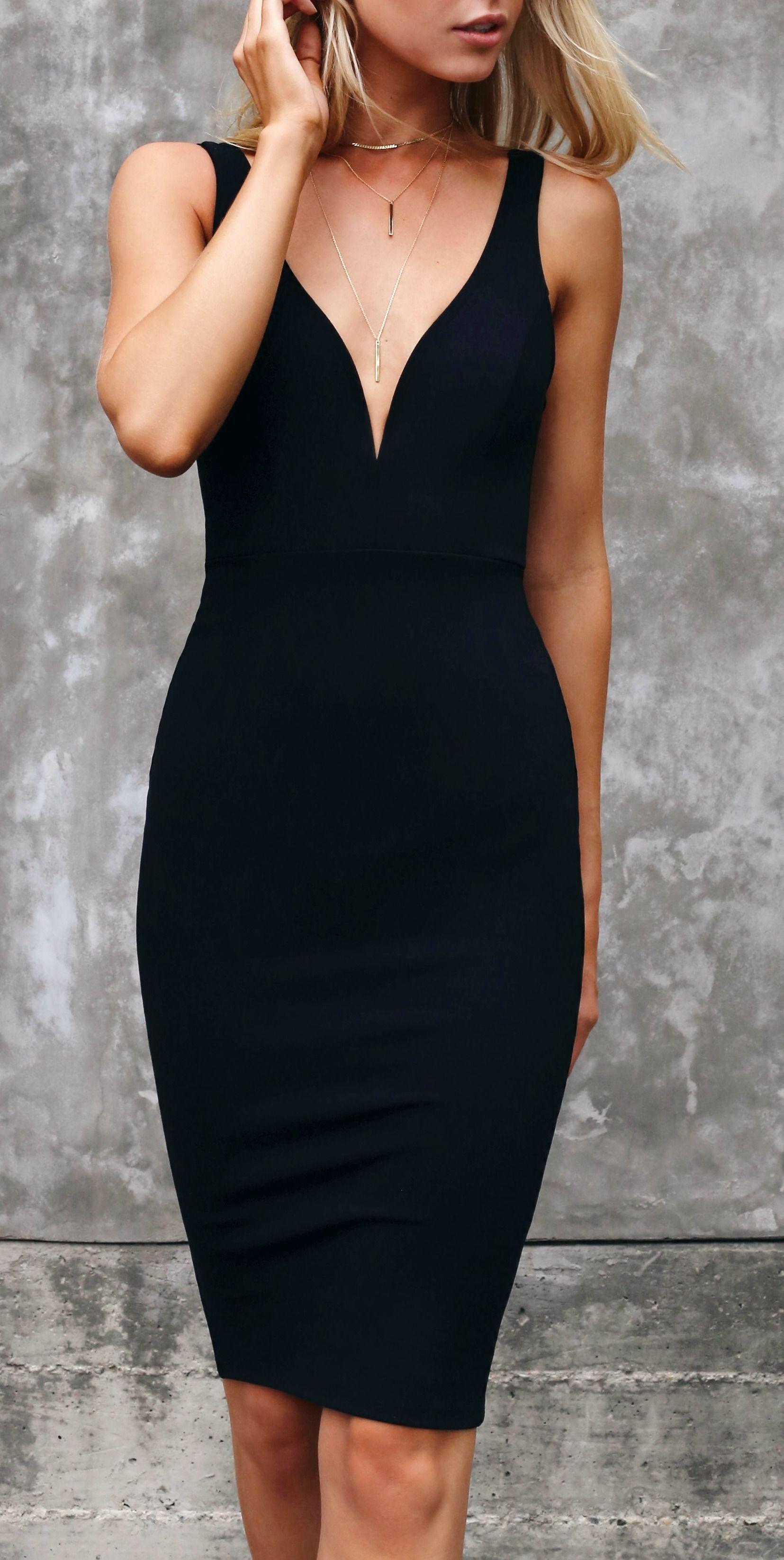 svart klänning till fest