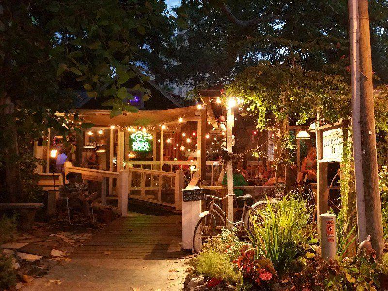 11 droolworthy seafood restaurants on floridas gulf