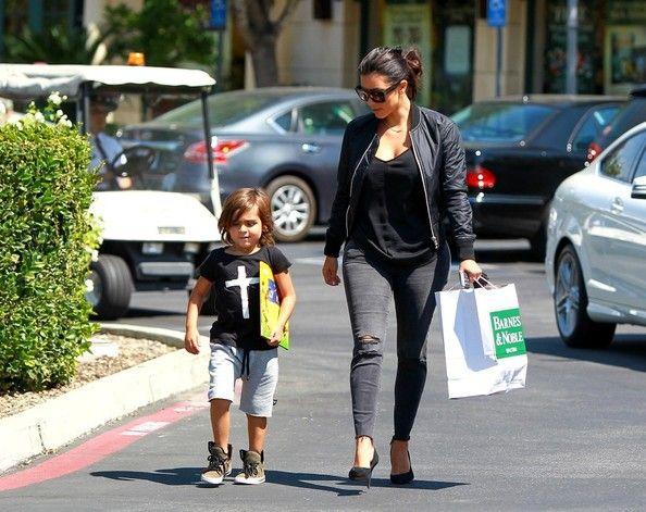 Kim Kardashian Photos: Kim Kardashian Goes to the Movies