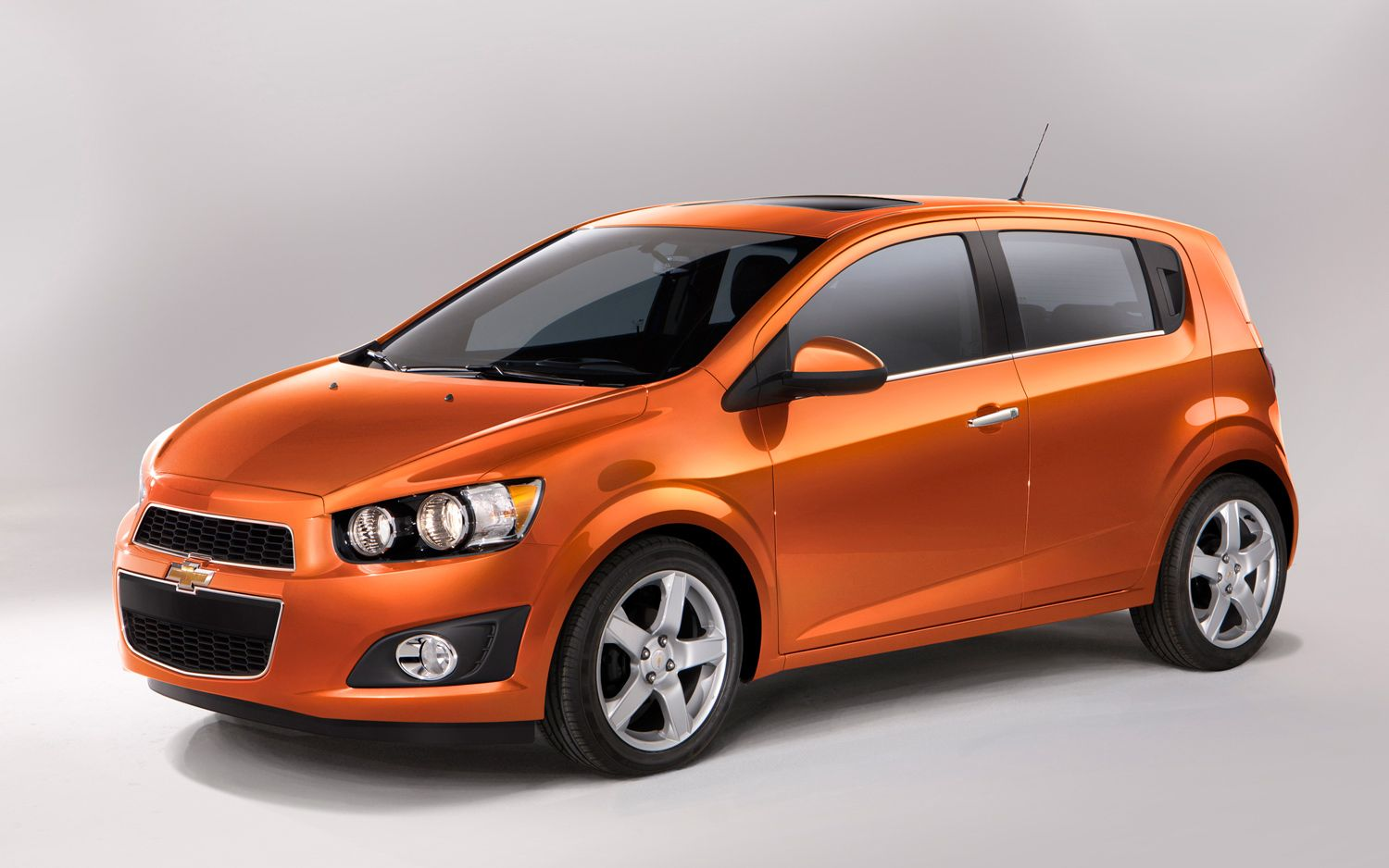 Buy Or Lease A Brand New Chevrolet Sonic Hatchback For A Great
