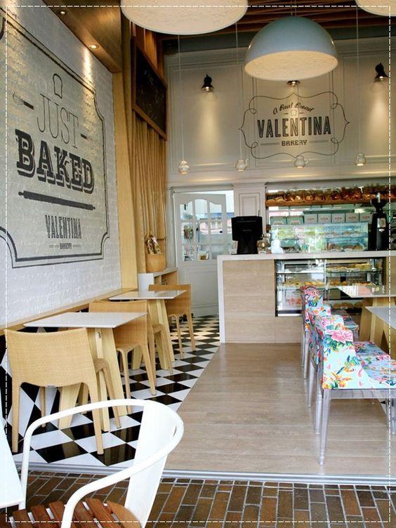 Cafeteria em barcelona pegada vintage moderna for Diseno de cafeterias pequenas