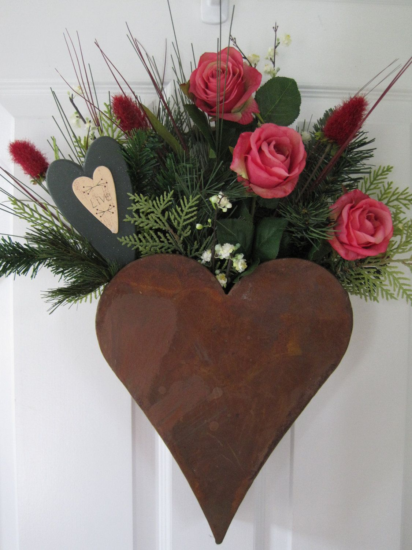 Rusty Heart Country Door Pocket Roses Winter Valentine Wreath Free