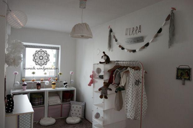 Hurra bald bist du da babyzimmer einrichtung teil 1 interior kidsroom pinterest - Wimpel babyzimmer ...