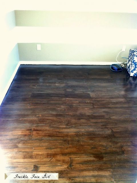 Faux Wood Plank Floors Using Brown Paper