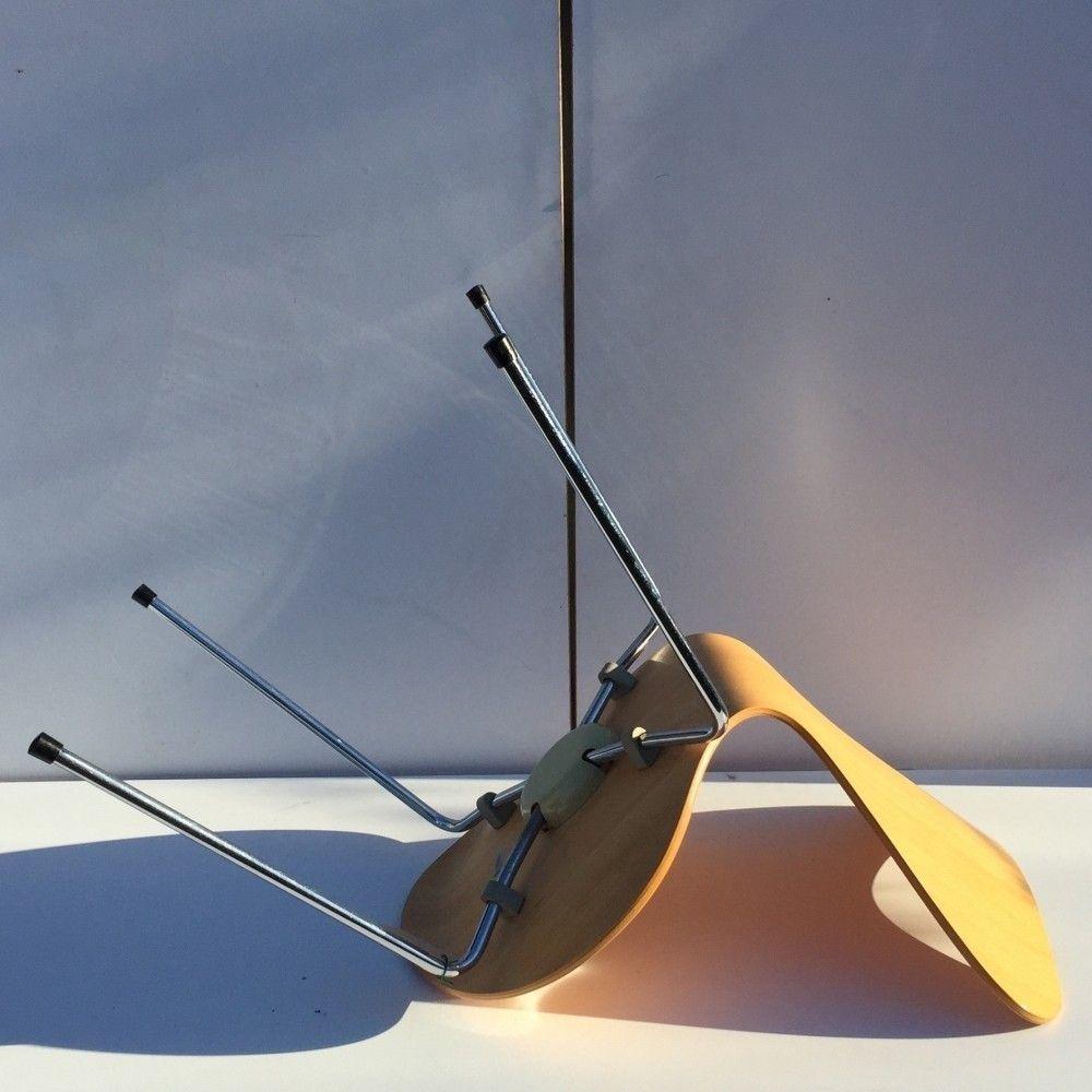 Located using retrostart.com > 3107 Dinner Chair by Arne Jacobsen for Fritz Hansen