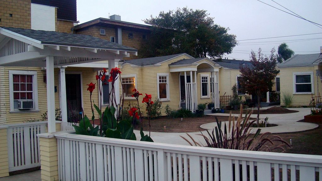 In San Diego S South Park Neighborhood A Very Cool Craftsman Cottage Bungalow Court Craftsman Cottage Courtyard House Bungalow