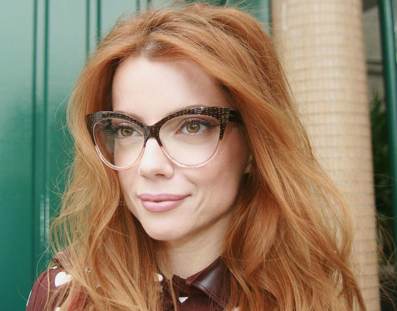 Julia Petit – Petiscos   HAIR   Pinterest   Óculos, Óculos chilli ... 31af44c097