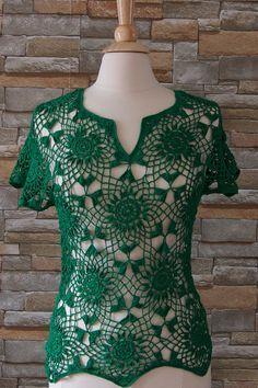 Top/blusa de ganchillo algodón verde para verano por IngasHandKnits