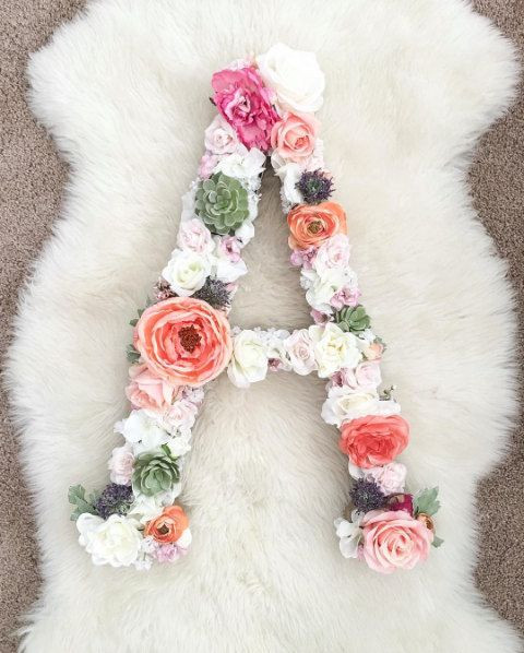 The Adrielle  Custom Floral Letter van FreshPartyCollective op Etsy