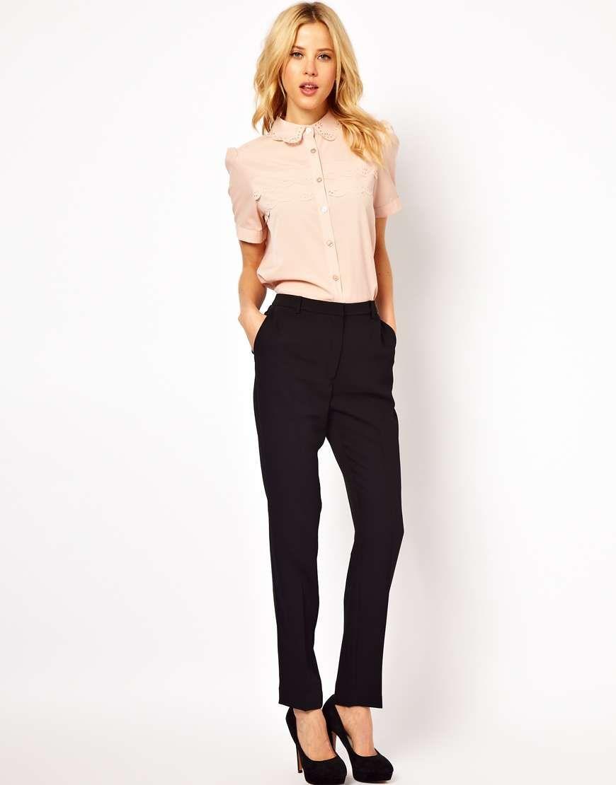 Pantalon bien coupé : gris, noir ou beige.