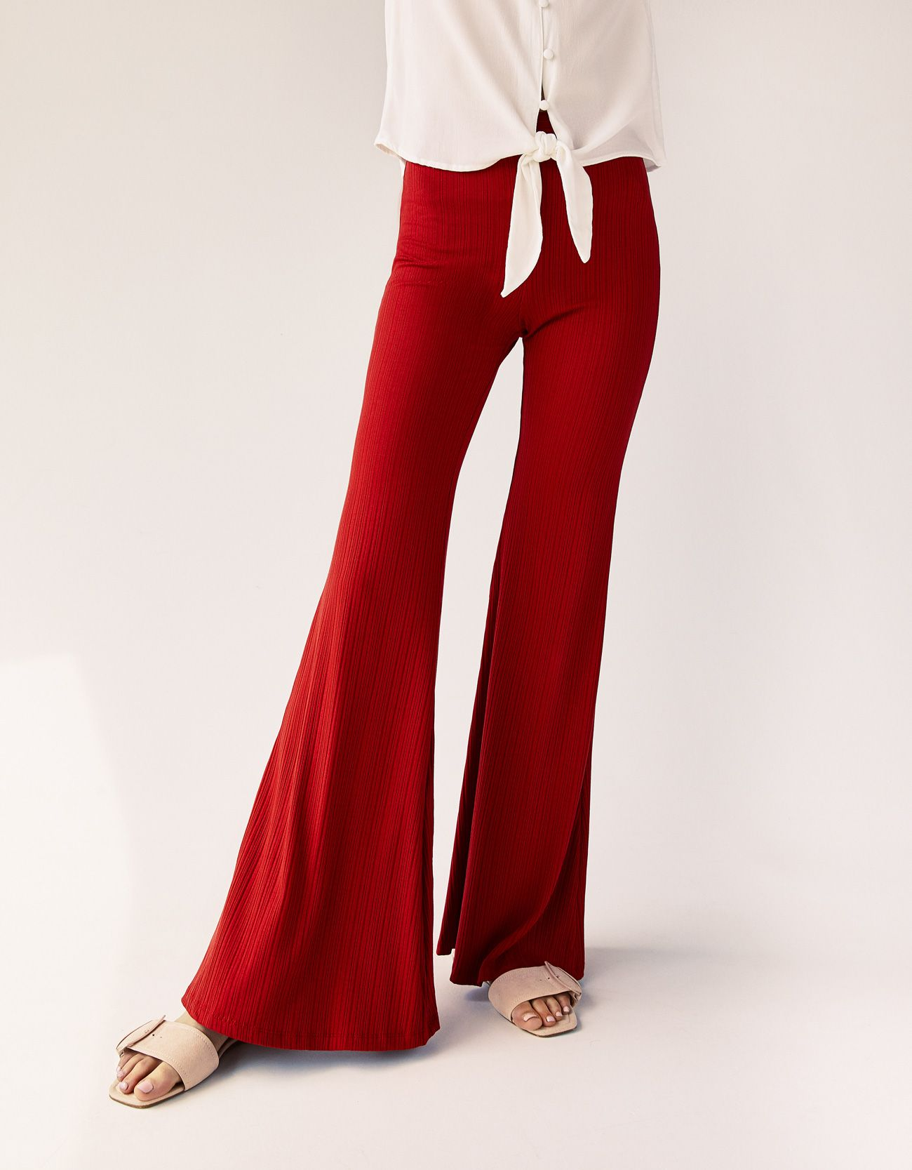 1e6af6d4363 Ribbed flared trousers
