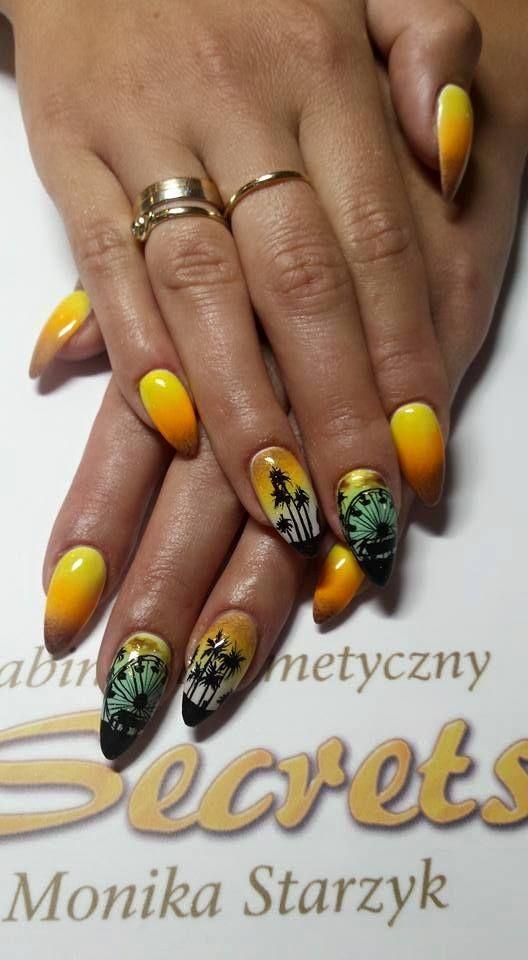 by Monika Starzyk :) Follow us on Pinterest. Find more inspiration at www.indigo-nails.com #nailart #nails #indigo #summer #beach #sun #palms