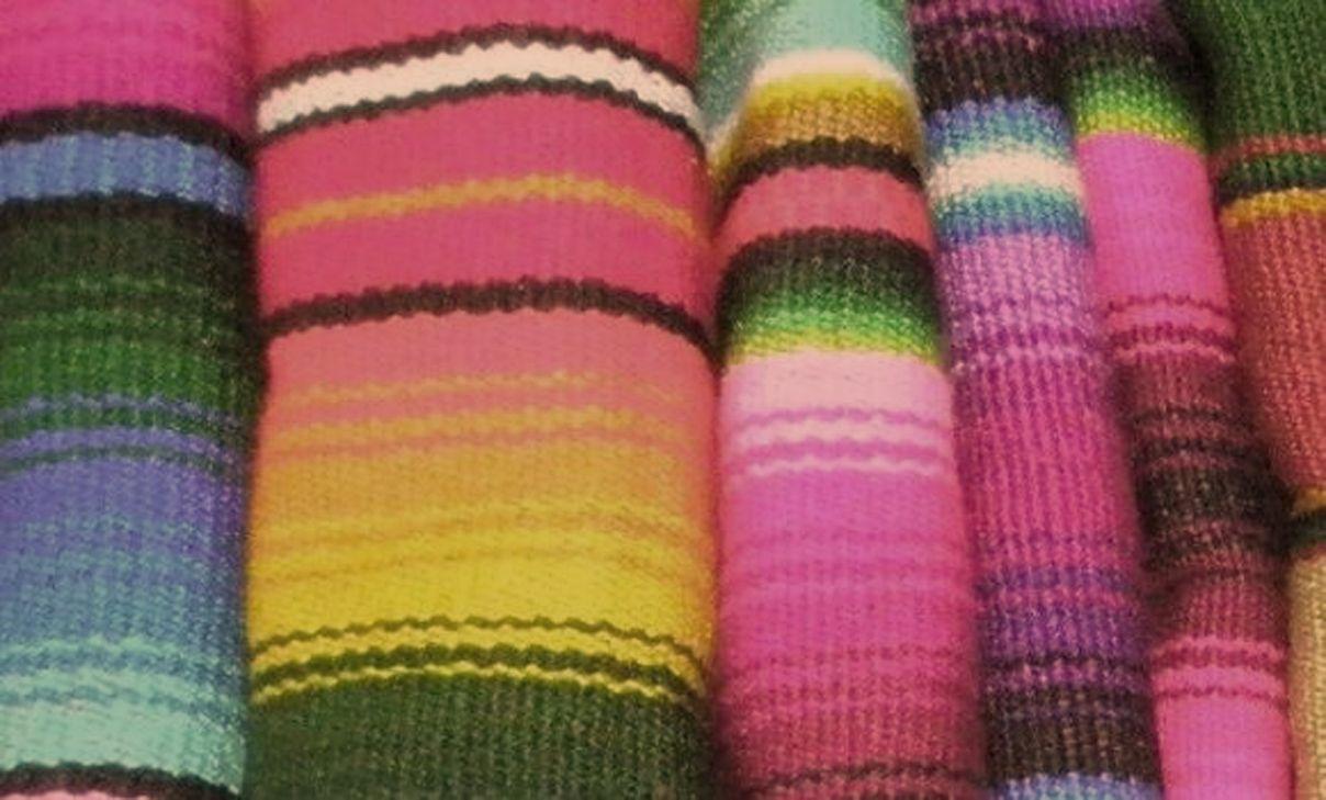 Mexican decor textile discover the color of mexico for Arredamento messicano