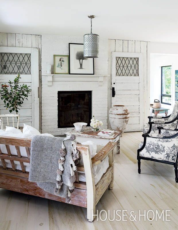 This PicturePerfect Farmhouse Has Loads Of Country Charm is part of Cottage Living Room Black - Real estate agent and Toronto restaurateur Wispy Boivin was leading a busy city life in Toronto's West End with her chef husband, Christophe Boivin, and
