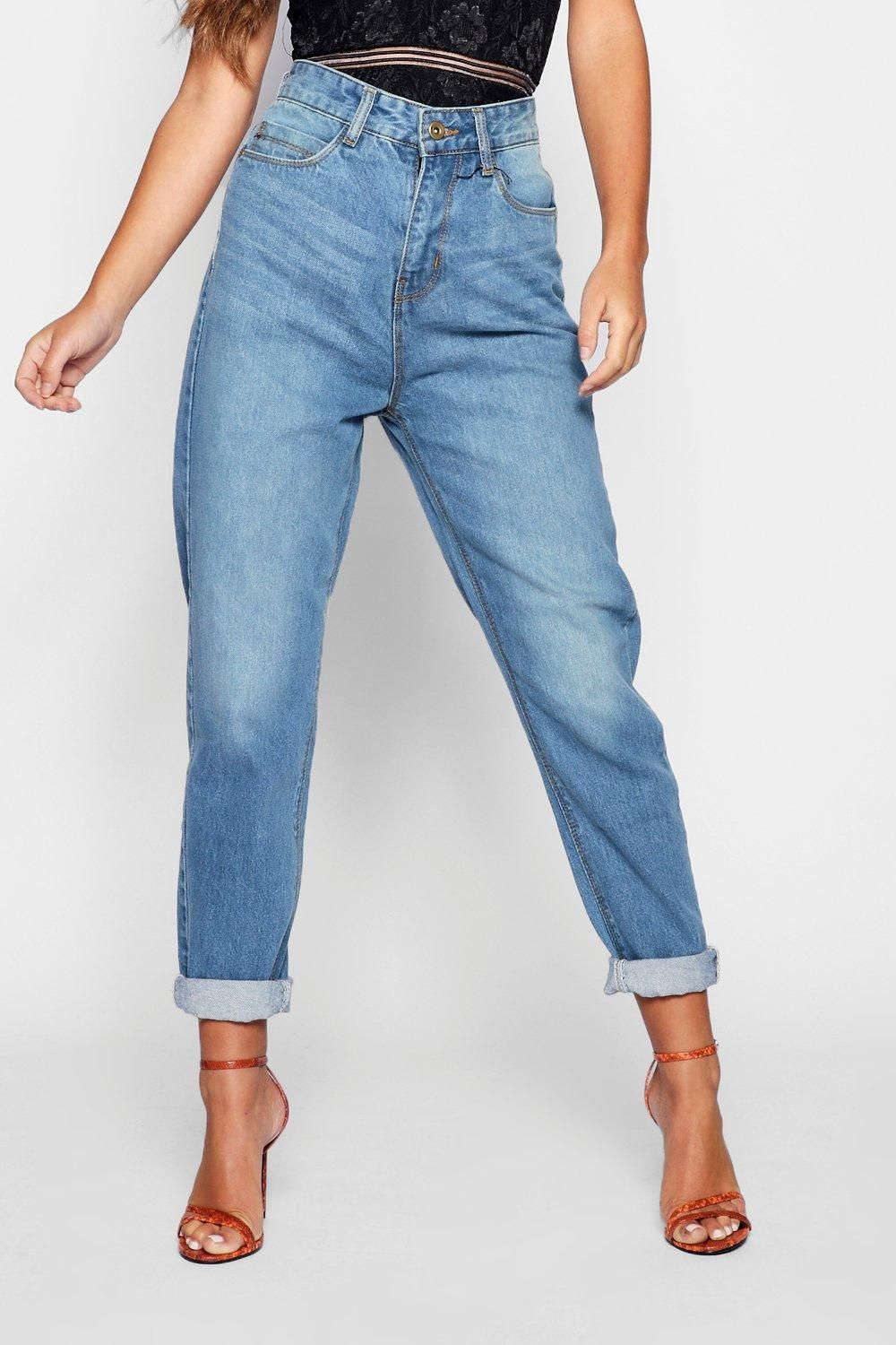 679badce0b72 Click here to find out about the Petite High Rise Mom Jeans from Boohoo,  part of our latest NEW IN collection ready to shop online today!