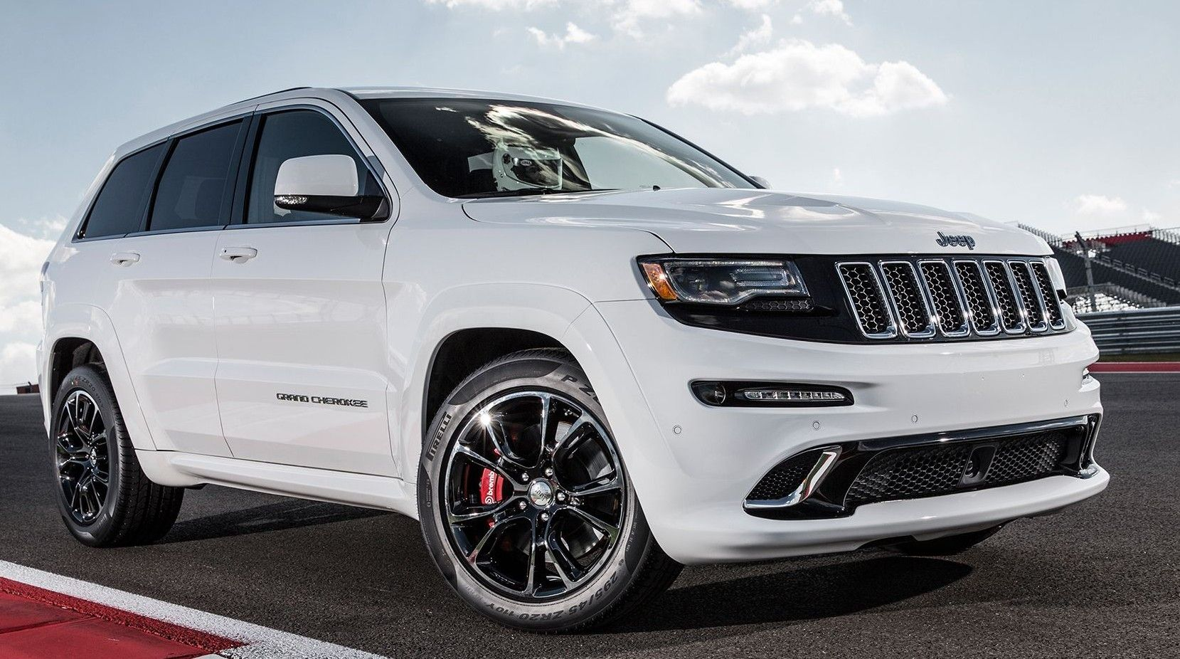 Hellcat Engine To Be Used In 2017 Jeep Cherokee Trackhawk Jeep Grand Cherokee Srt Jeep Grand Cherokee Jeep Srt8