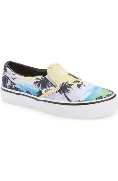 a05e867e321bc5 Vans  Classic - Dolphin Beach  Slip-On Sneaker (Toddler