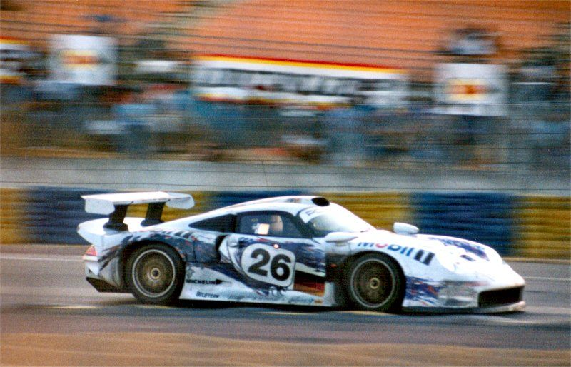 Porsche 911 GT1