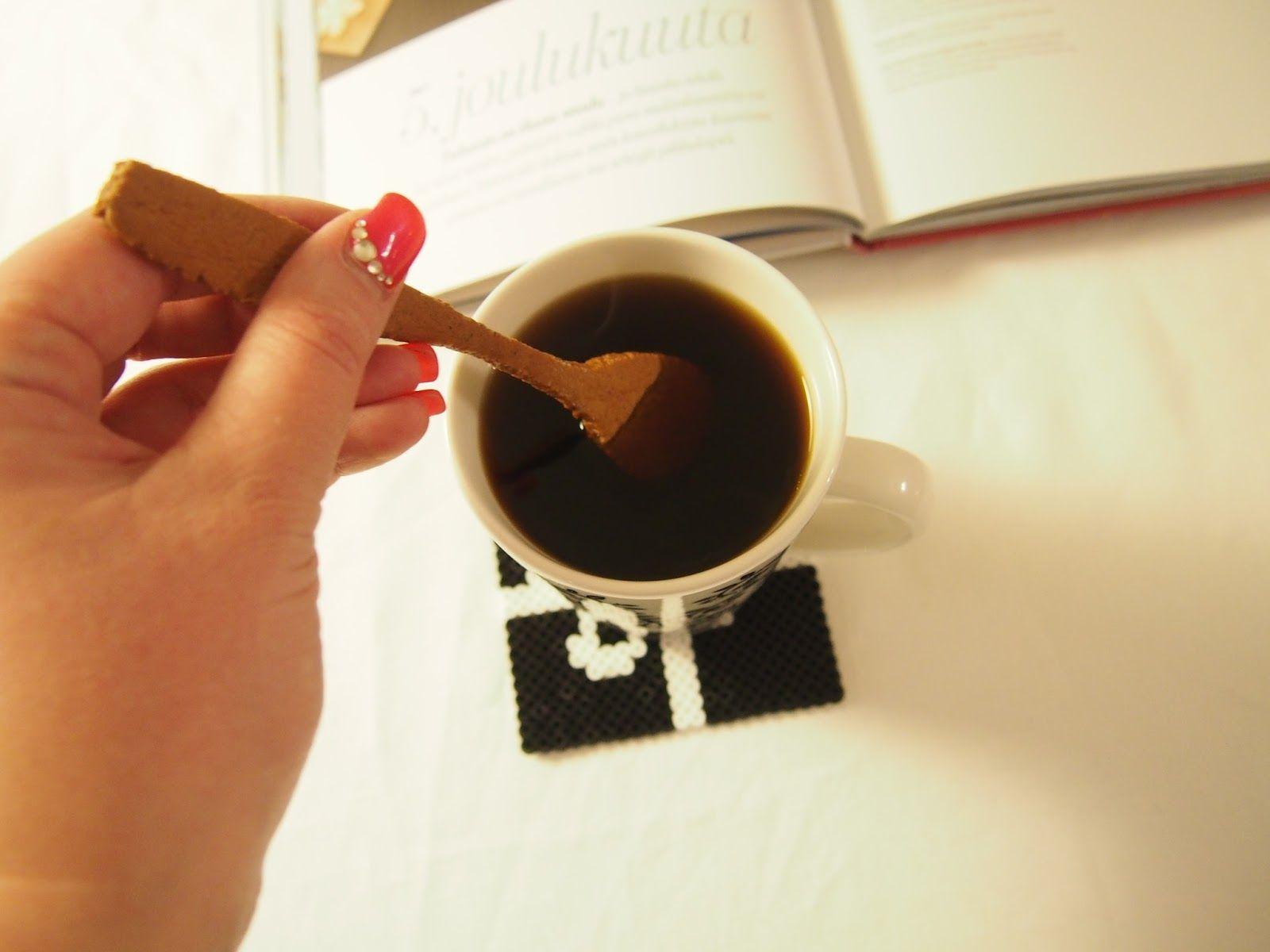 Coffee spoon shaped gingerbread