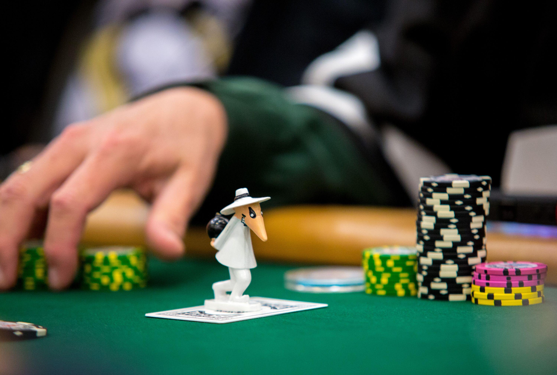10 Hold Em Tips Slow Playing Do S And Don Ts Poker Calculator Best Poker Tool Learn Poker Super Healthy Recipes Gambling Gift Casino Bonus